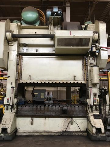 400T Straight Side Press with Feed Line