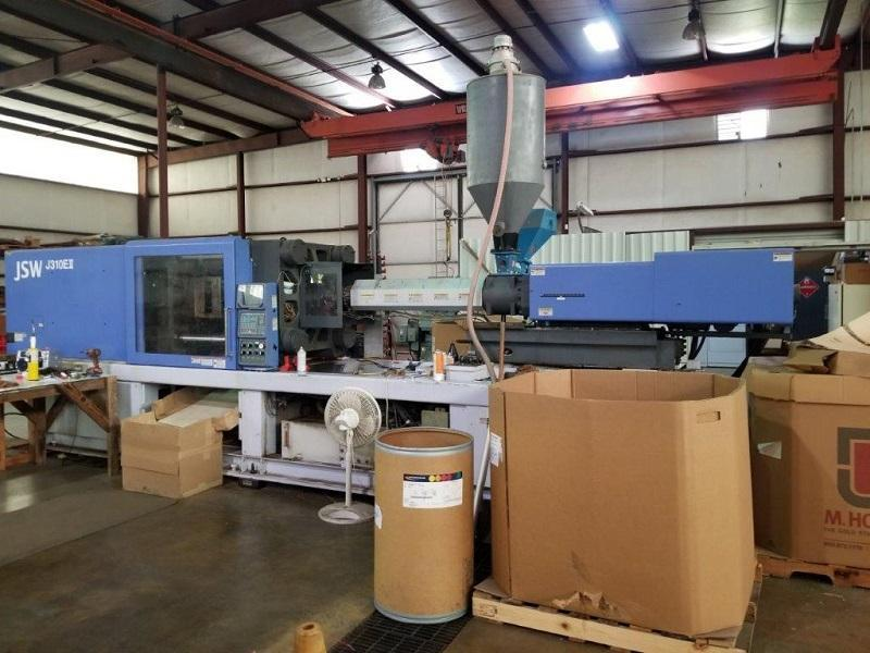 JSW J310EII Used Injection Molding Machine, 310 US ton, Yr 2000, 53.3 oz