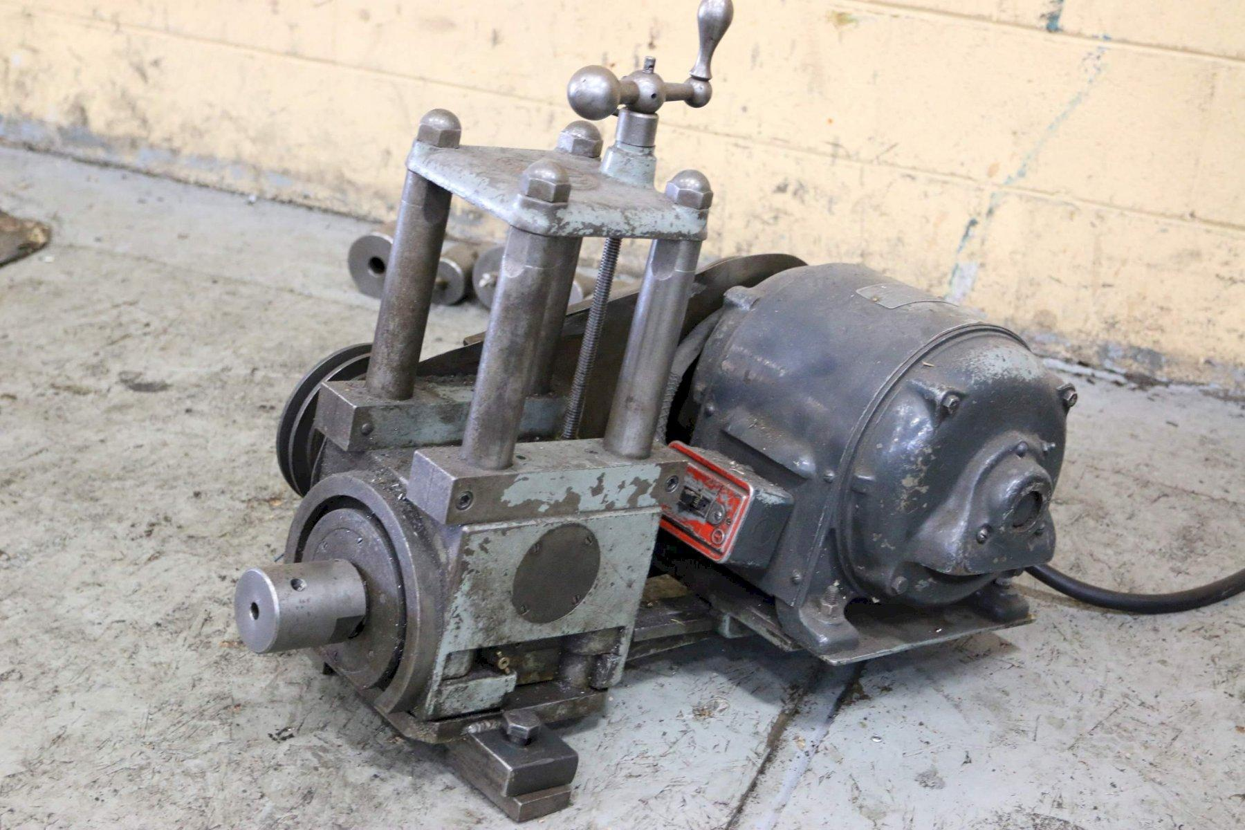 3 HP MASTER MACHINE TOOLS MILLING HEAD: STOCK #68690