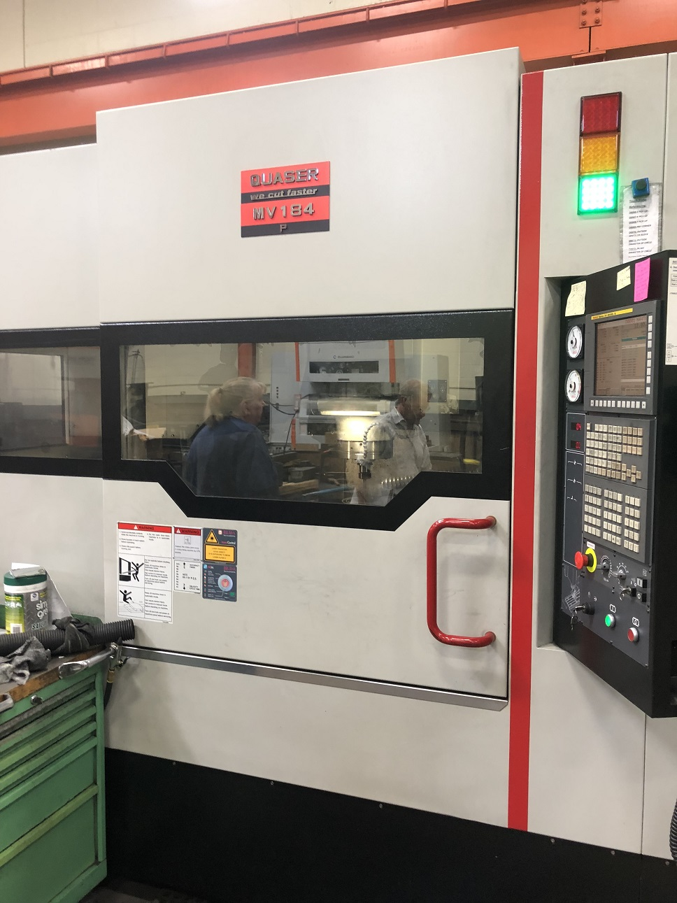 "QUASER 184P/15C CNC VERTICAL MACHINING CENTER WITH 10"" ROTARY TABLE, Fanuc 31iMB, 40""/24""/24"" Travels, 15K Spindle, 20 HP, 30 ATC, 40 Taper, AICC, CTS, Scales, Probe, Chiller, 2013"