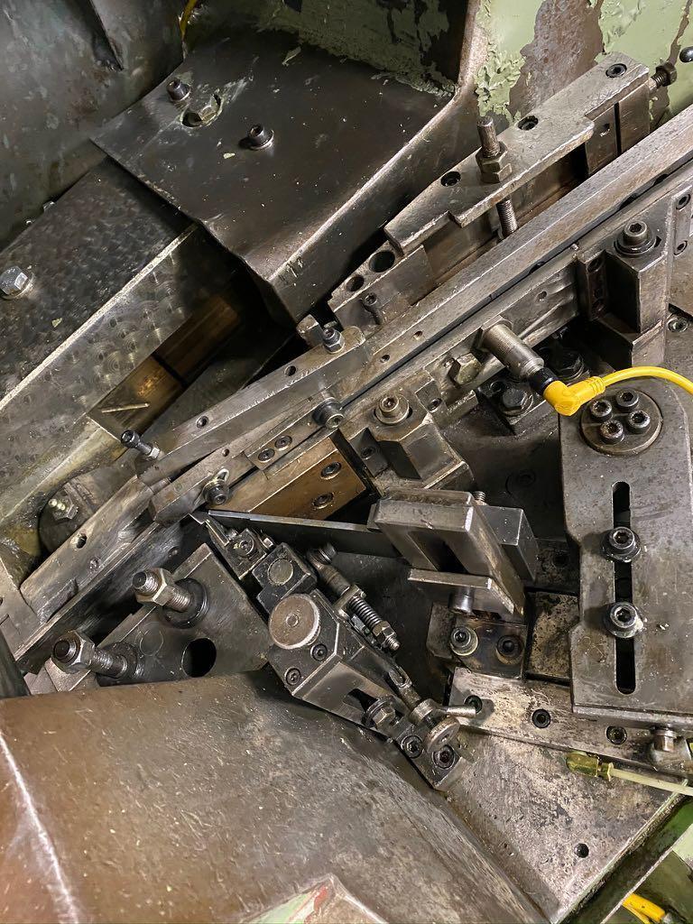 Saspi Model GV-2 High Speed Flat Die Thread Roller