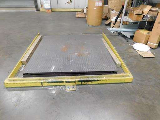 10,000 LBS PENNSYLVANIA FLOOR SCALE: STOCK #69066