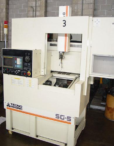 """Wasino SG-5 CNC Gang Style, Fanuc 0TC CNC Control, 9"""" Swing, Collet Chuck, S. Robo-O Integrated Gantry Robot, Low Hours, 1999."""
