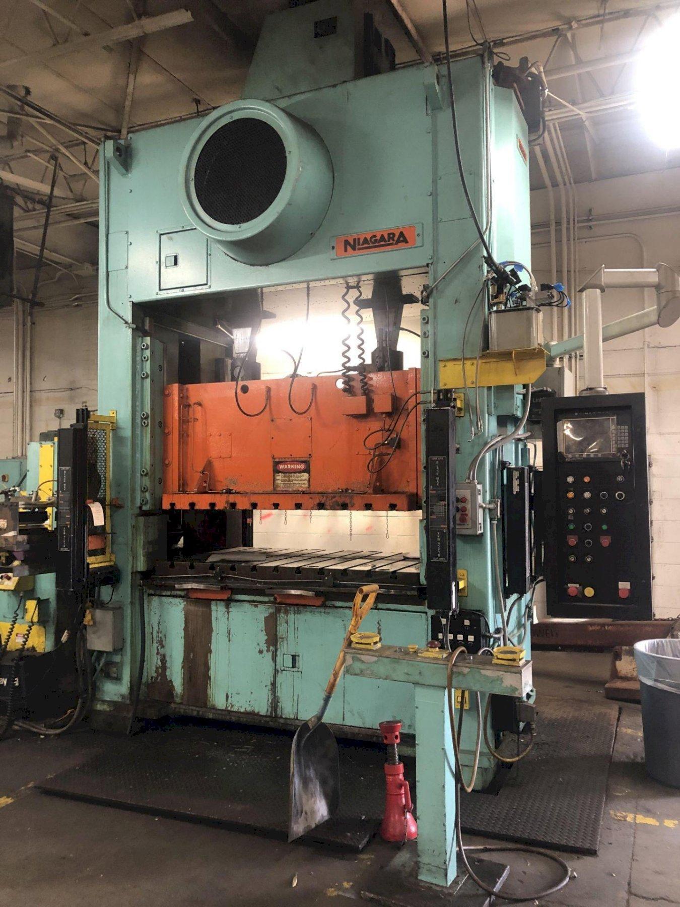 Clearing Niagara 200 Ton SE2-200-72-42 UH