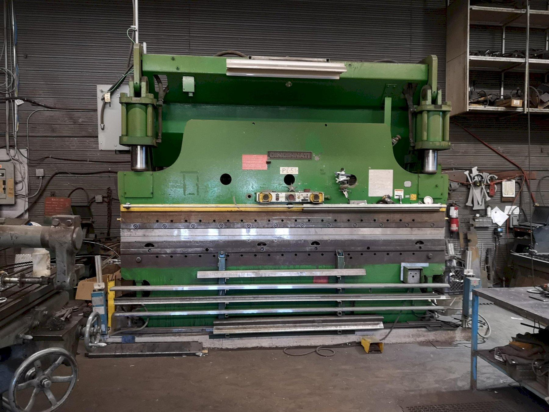 175 Ton x 12' CINCINNATI CBII HYDRAULIC PRESS BRAKE. STOCK # 0732920
