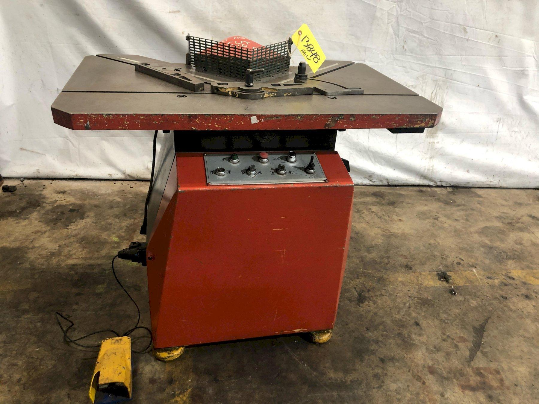 "8.75"" X 8.75"" X 10 GAUGE STRIPPIT MODEL #102661 HYDRAULIC CORNER NOTCHER: STOCK 13848"