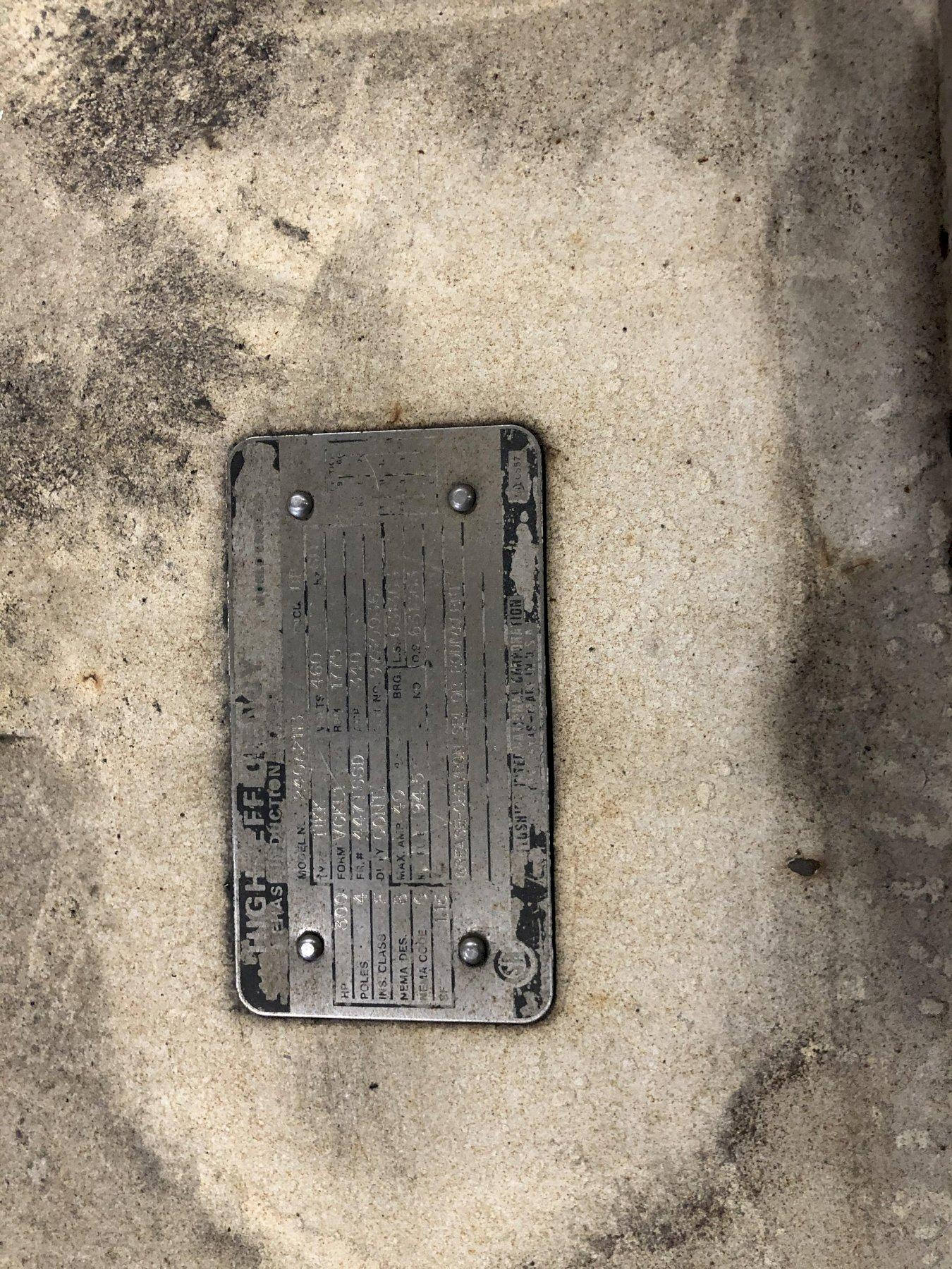 GARDNER DENVER  MODEL EAU99G 300HP SCREW TYPE AIR COMPRESSOR S/N S005622 NOT IN SERVICE