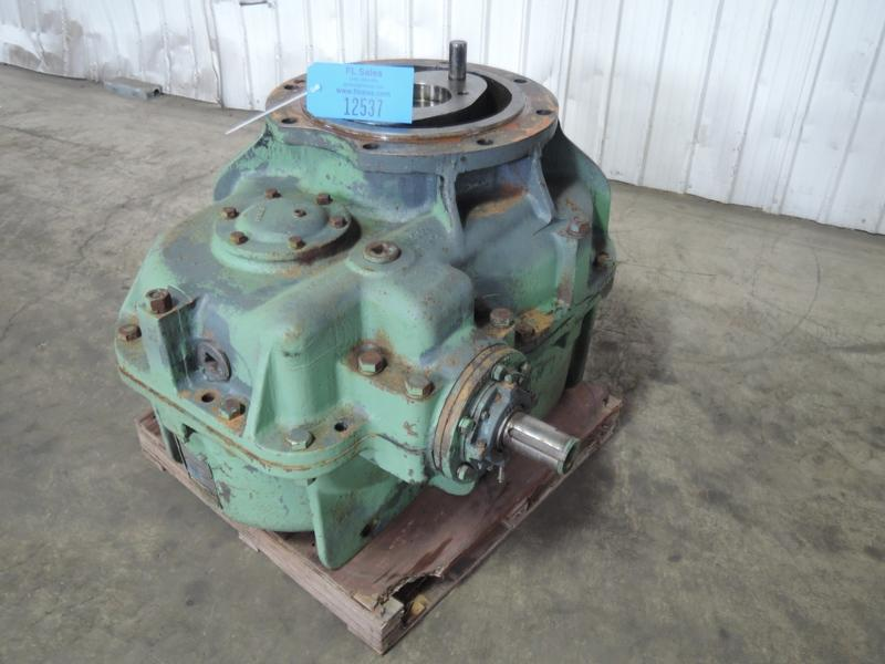 2F MULLER GEAR BOX RATIO 30.52 S/N MO 7-361316-01-9