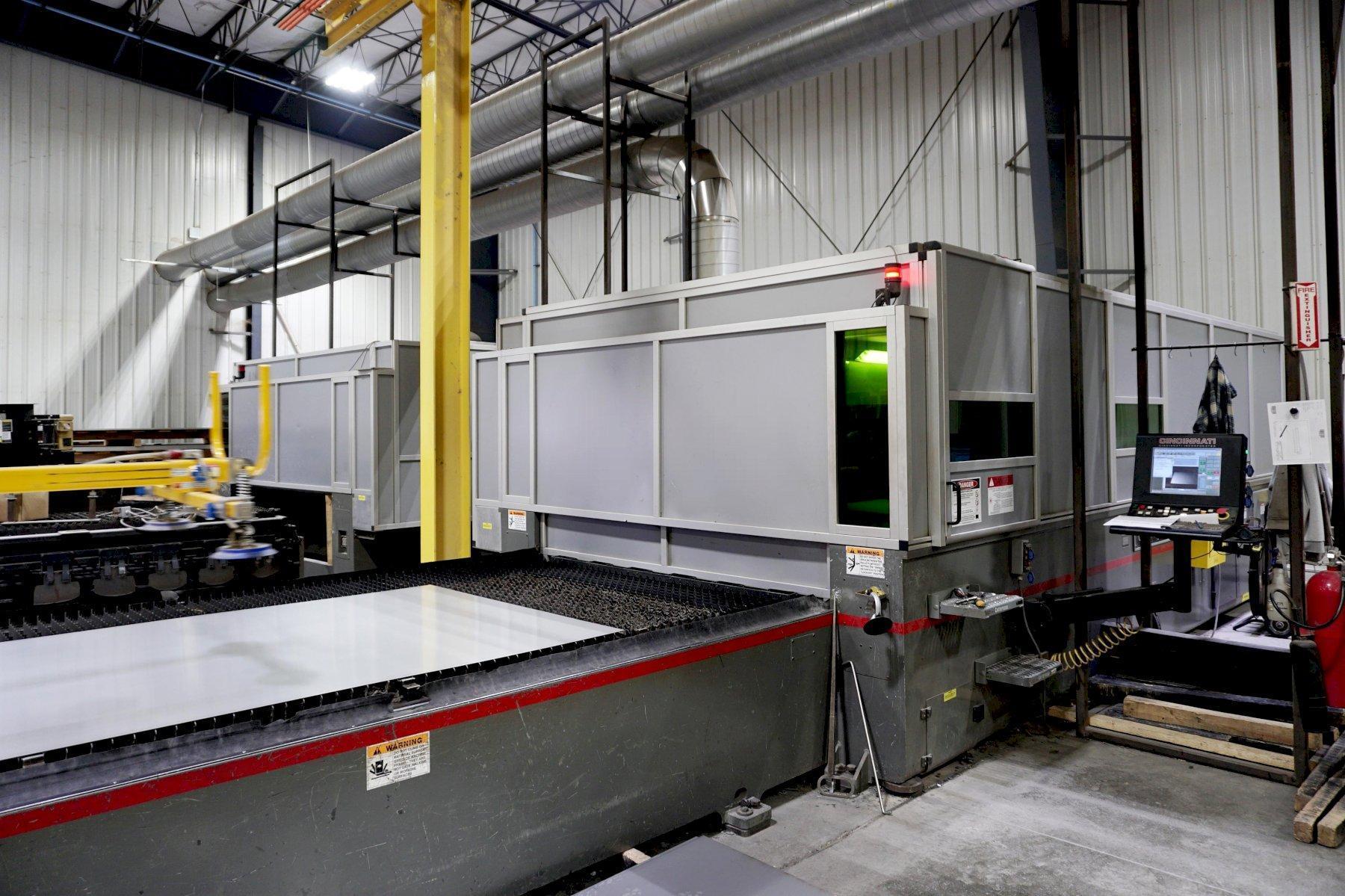 Cincinnati CL 940 6' X 12' 4KW Fiber Laser