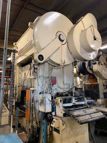 400 Ton NIAGARA BP2-400-84-48 Straight Side Press