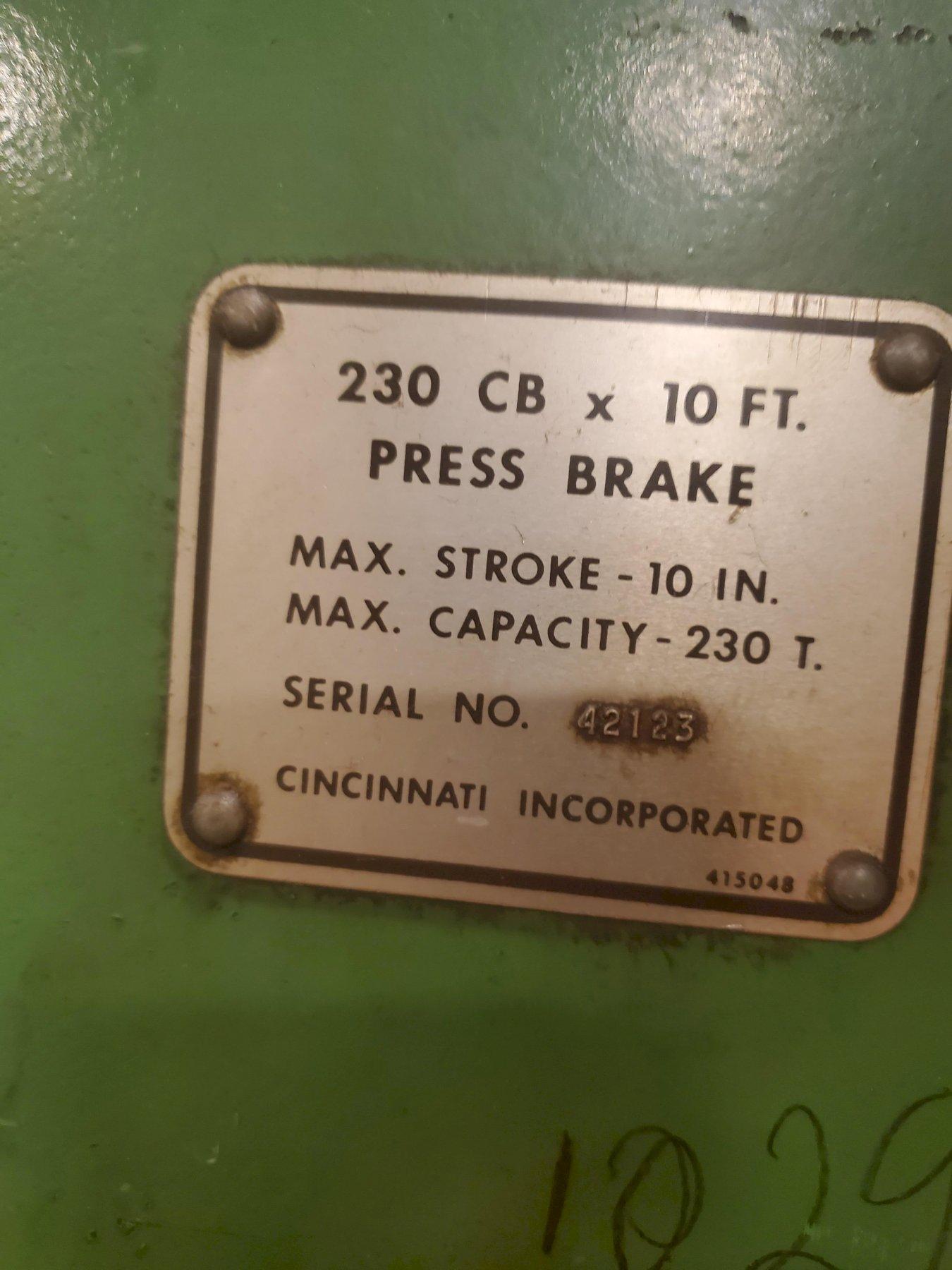 230 TON x 12' CINCINNATI 230CBx10 HYDRAULIC PRESS BRAKE