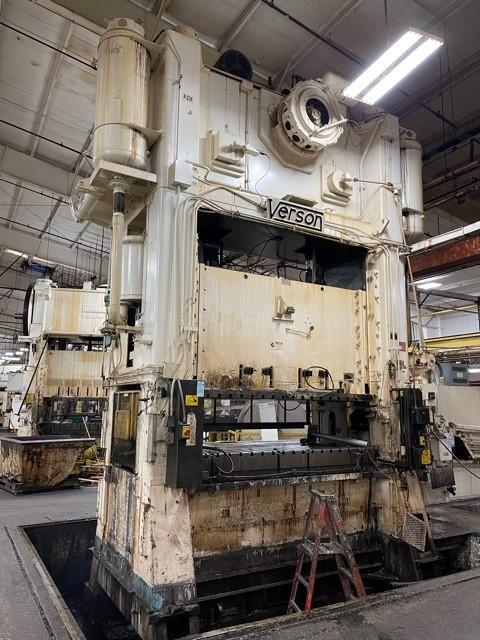 600 ton Verson S2-600-108-54t Straight Side Mechanical Press, New 1985