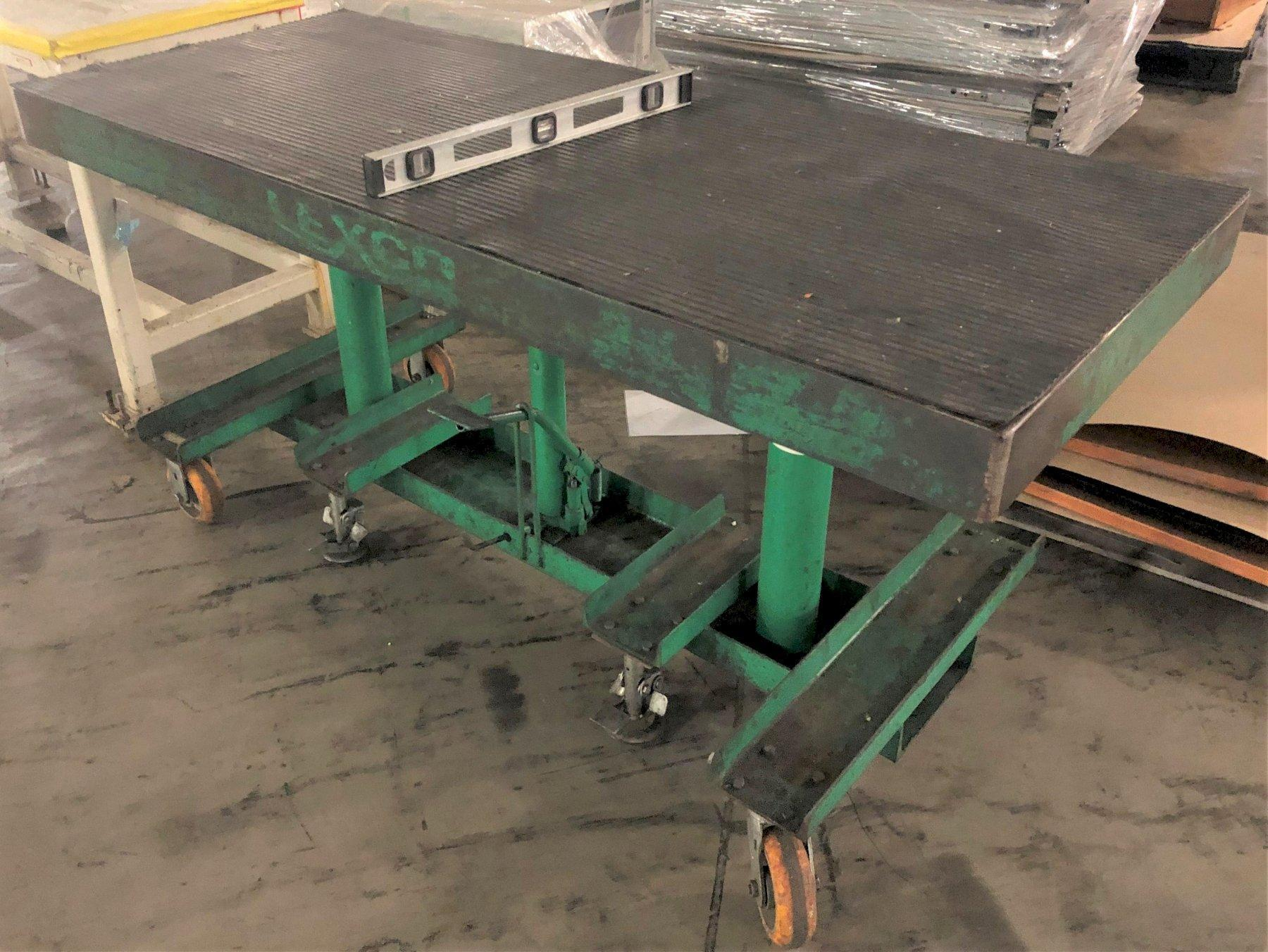 Wesco/Lexco Hydraulic Lift Table, 30″ x 72″ Platform, 2000 Lb. Capacity