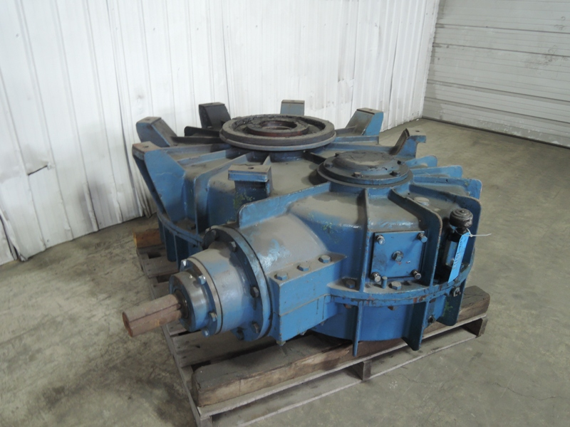 B AND P 100B MULLER GEAR BOX MODEL 64756 NO NAME PLATE VIDEO OF GEARS AVAILABLE