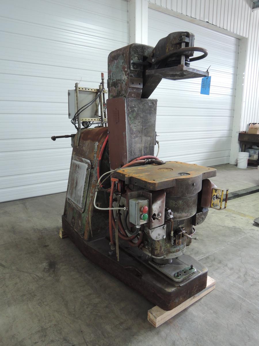 BMM MODEL BT1 JSRD MOLDING MACHINE