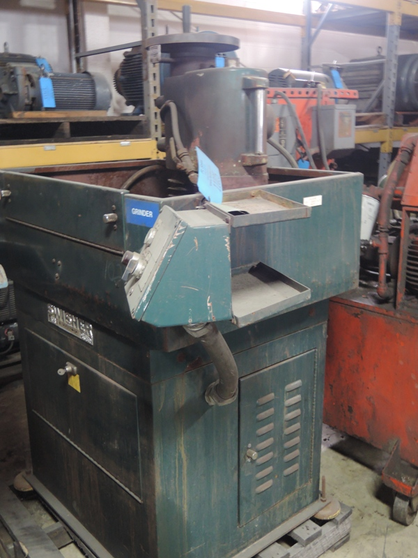 SWISHER MODEL MARK VI SWING GRINDER S/N: 12866-4071