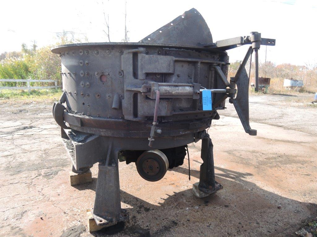 B AND P MODEL 75B MULLER WITH DUST HOOD, DRIVE, MOTOR, BLOWER AND DISCONNECT   GEAR BOX MODEL 62642 75B STD S/N: K8855-131-CHGP