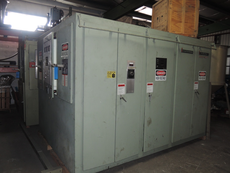 1993 INDUCTOTHERM MODEL 1000-5CR 1000 KW 700 HZ POWER SUPPLY S/N 93J-23706-246-11
