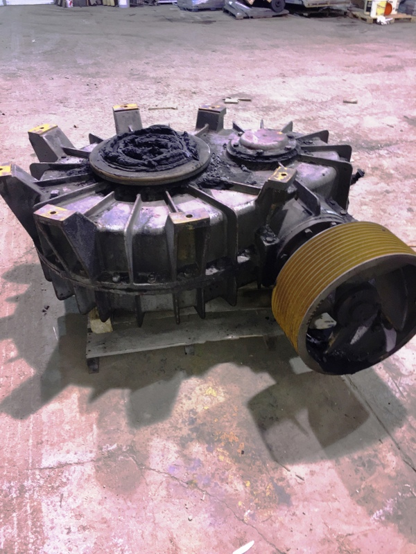 B&P  MODEL 436 M 84A GEAR BOX  S/N A- 1550-43