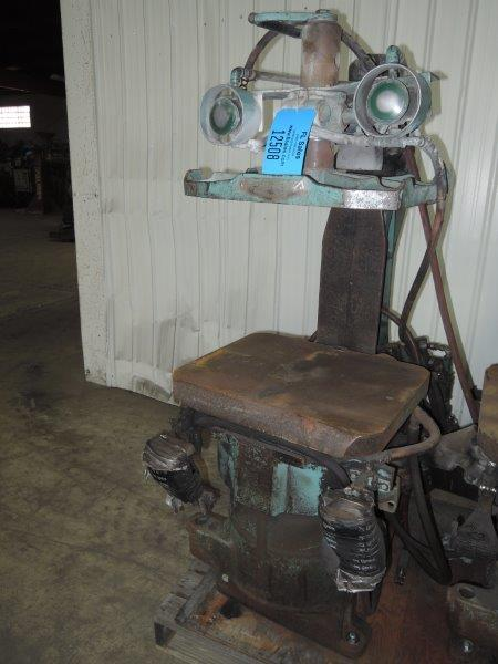 OSBORN MODEL 212RJW MOLDING MACHINE S/N 19403-E