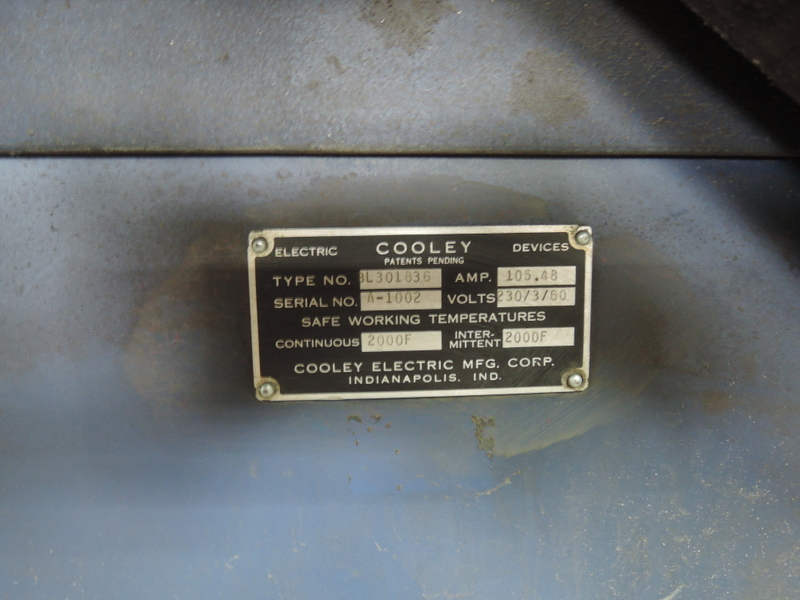 COOLEY TYPE BL301836 DOUBLE DOOR ELECTRIC OVEN 2000F WITH CONTROLS AND TRANSFORMER