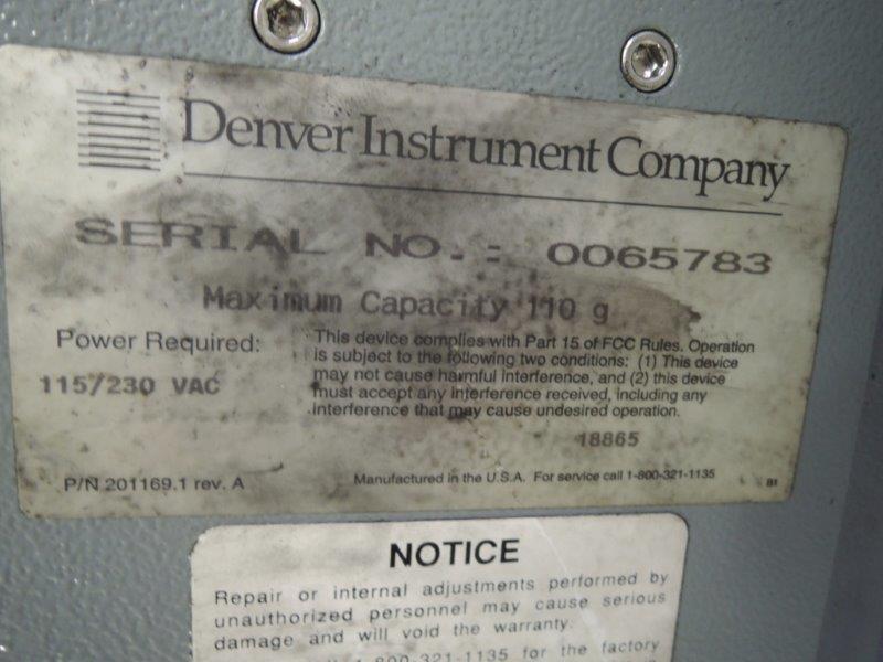 DENVER INSTRUMENT CO. MODEL S-110 SCALE
