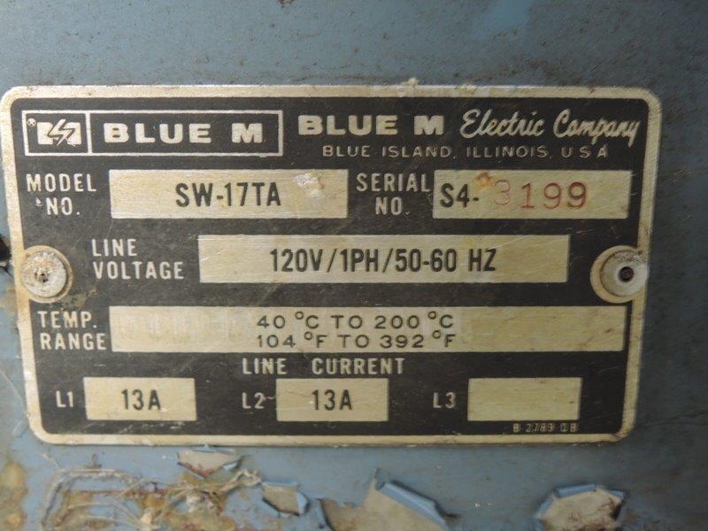 BLUE M MODEL SW-17TA S/N: 3199 OVEN UP TO 200 DEGREE C, 120V