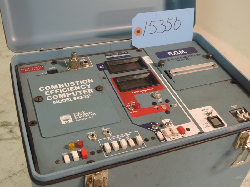 EEC COMBUSTION EFFICIENCY COMPUTER MODEL 942XP