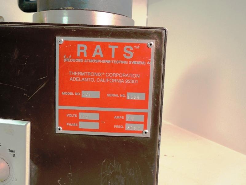 RATS MODEL 401 VACUUM TEST UNIT S/N 1584