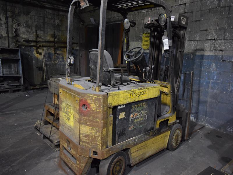 caterpillar model mc60dp 6000# electric fork lift truck s/n 78k00339, 155