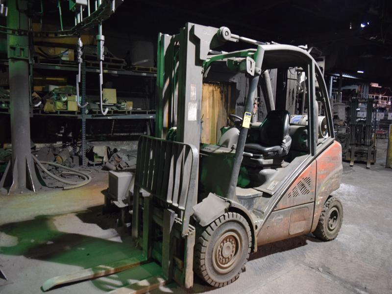 linde model h30t l/p powered fork lift truck s/n h2x393d54486, 5590#, 189