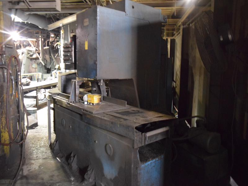 centennial c frame milling machine with 22