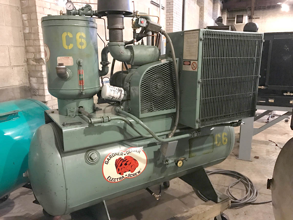 25 Hp Gardner-Denver Rotary Screw air compressor