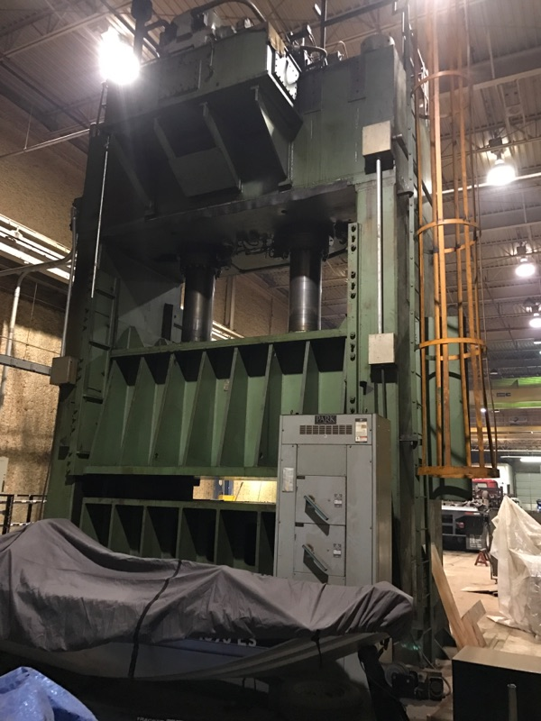 700 Ton Verson Hydraulic Press -HD-2-144T-96
