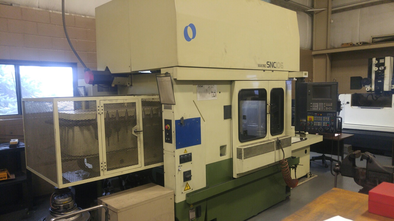 Makino SNC 106 CNC Carbon Mill