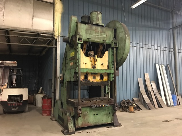 200-Ton USI Clearing OBI Press, Model 200-P701