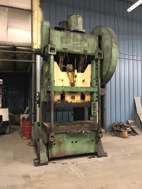200-Ton USI Clearing OBI Press, Model 200-P701