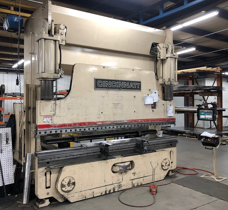 230 Ton x 12' Cincinnati 230PF10 CNC Press Brake
