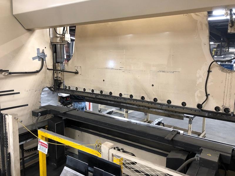 230 Ton x 12' Cincinnati 230PF10 CNC Press Brake
