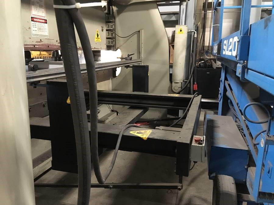 250 Ton x 12' Accurpress 725012 CNC Press Brake