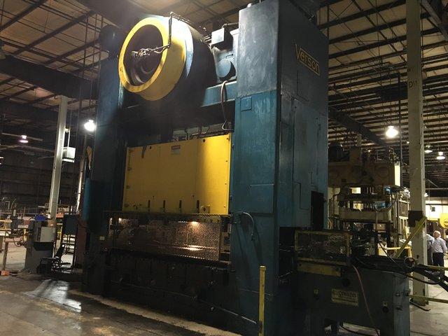 600 Ton Verson S2-600-120-72T Straight Side Press