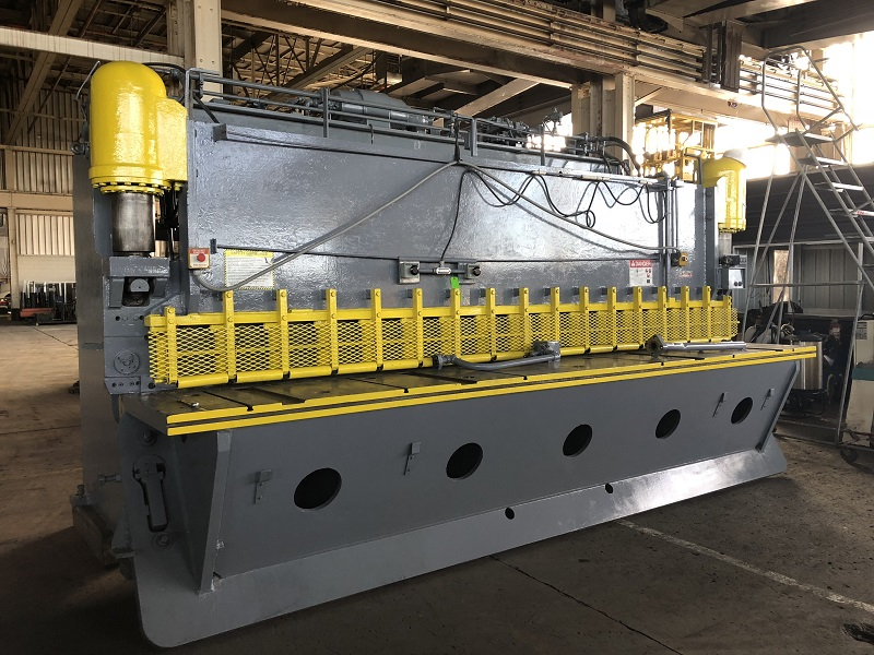 """16' x 3/8"""" Pacific Hydraulic Shear"""