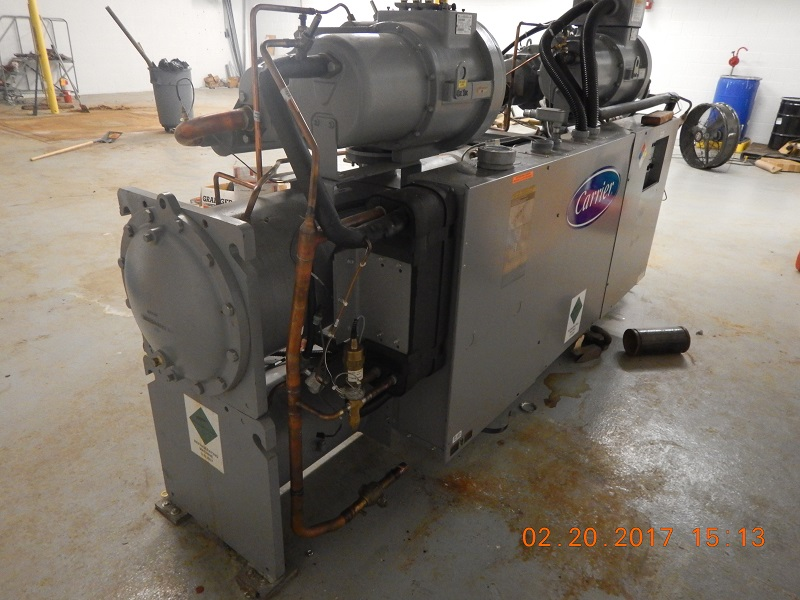 Carrier Chiller Model 30HXA186RY-661KA