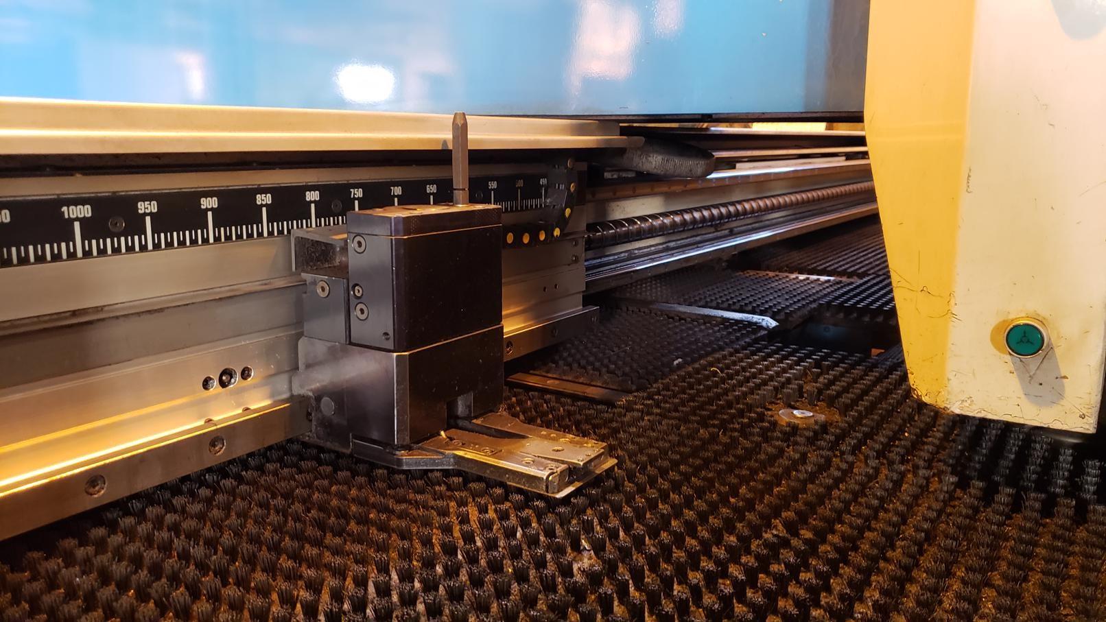 Finn Power FS-25 SB CNC Turret Punch Press