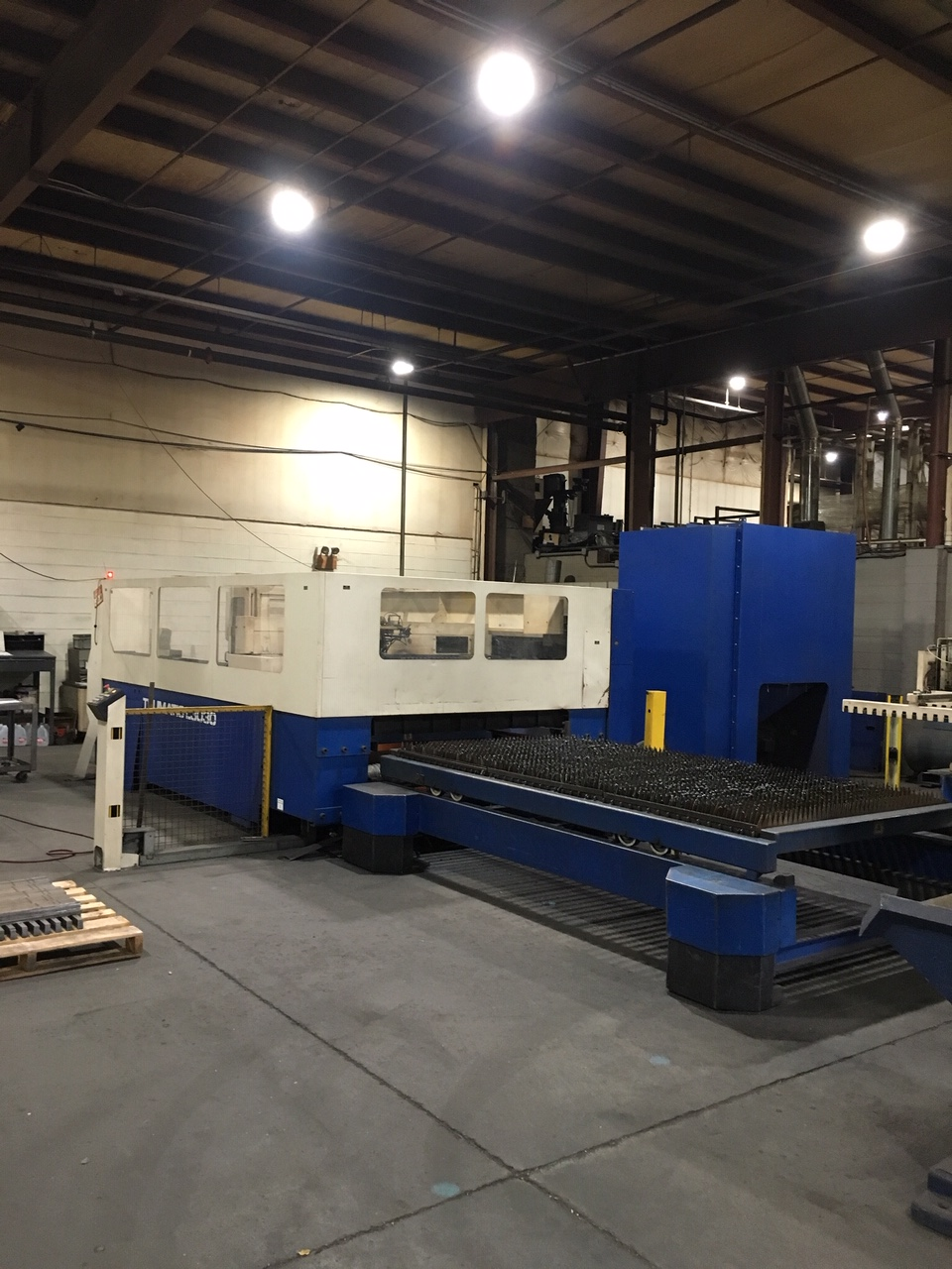 Trumpf Trumatic L3030 3,000 Watt CO2 Laser