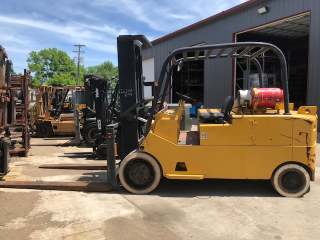 Caterpillar T300 30,000 # Forklift