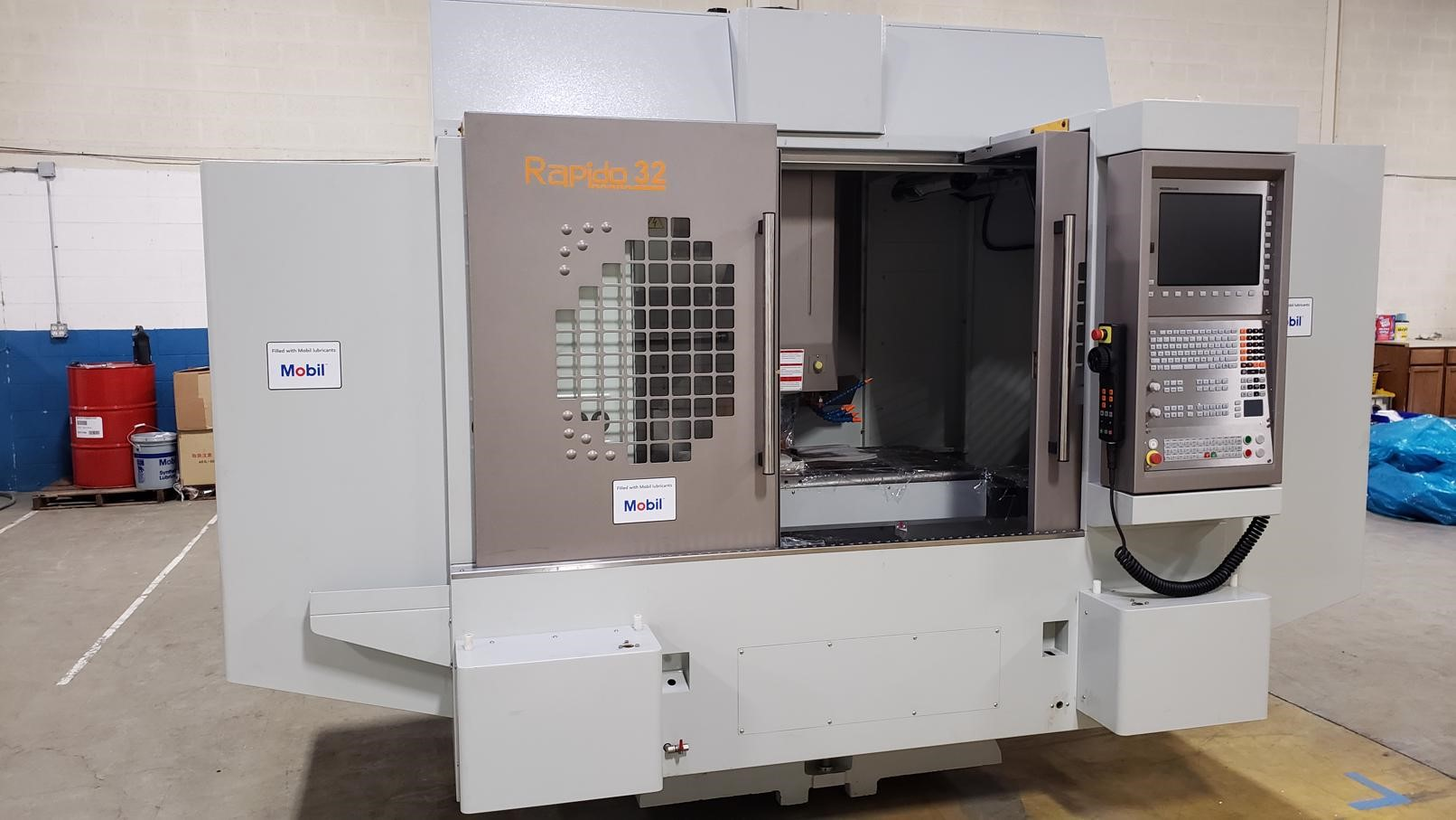 Atlas E-1300 CNC Vertical Machining Center