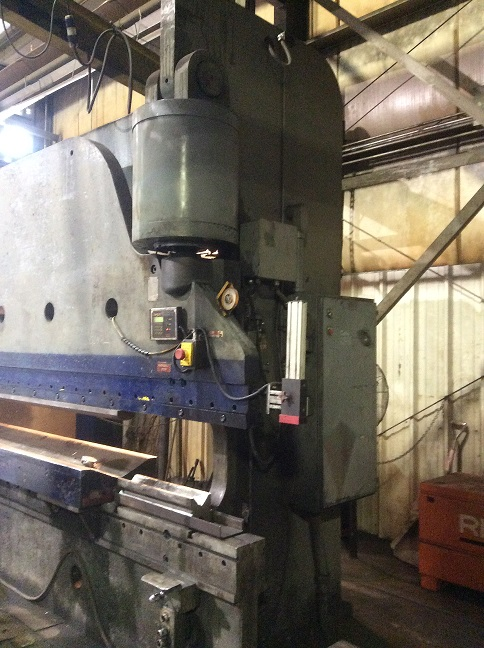 Cincinnati 400 Ton Hydraulic Press Brake 400H Series