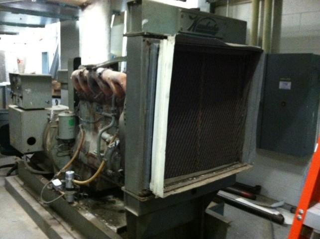 Waukesha 125 KW Natural Gas Generator Model F817GU