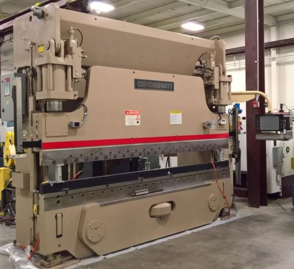 175 Ton x 12' Cincinnati 175AF10 Hydraulic Press Brake